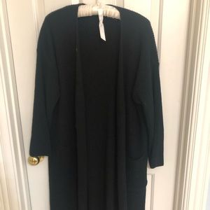 Long black sweater one size